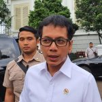 MenparekrafJajaki Alih Rute Maskapai dan Galakkan Wisnus Berwisata di Indonesia