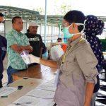Dua Anggota DPRD Nunukan Bantu Makan Siang untuk Petugas COVID-19