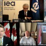 Menteri ESDM Tegaskan Komitmen Strategis Pengembangan EBT di IAE