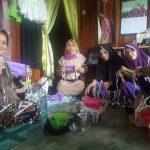 Ikatan Wanita Sulsel Produksi Masker Gratis untuk Warga Tanjung Redeb
