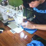 Peluang Bisnis di Tengah Pandemi Corona, Usaha Penjahit Bikin Baju Hazmat & Masker