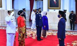Presiden Lantik KSAL dan KSAU Secara Bersamaan di Istana Negara