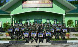 Prajurit Satgas Pamtas Yonif 623/BWU Tak Luput Dapat Bingkisan Idulfitri Panglima TNI