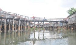 Lebar Sungai di Belakang Pasar Segiri Dijadikan 40 Meter