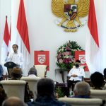 Presiden Minta Gubernur Sanksi Pelanggar Protokol Kesehatan Sesuai Kearifan Lokal