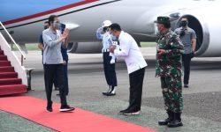 Presiden Tinjau Fasilitas Produksi dan Pelaksanaan Uji Klinis Vaksin Covid-19 di Bandung
