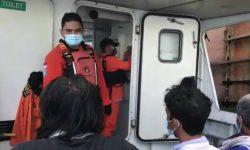 Kapal Tenggelam di Teluk Balikpapan, 7 dari 8 Nelayan Diselamatkan Kapal MV Lyric Star
