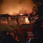 Kebakaran di Mambunut, Manan dan Keluarga Selamat dari Kepungan Api