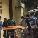 Keluarga Korban Sriwijaya Air Datang ke RS. Polri Untuk Diambil Sampel DNA