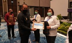 Plt Bupati Kutim: Kelola Keuangan, Aparatur Desa Harus Hati-hati dan Ikuti Aturan
