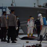 Operasi SAR Sriwijaya Air, Fokus Pencarian Korban, Serpihan Pesawat dan VCR