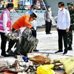 Presiden Apresiasi Kerja Keras Tim SAR Gabungan Evakuasi Pesawat Sriwijaya Air SJ 182