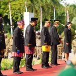 Hari Jadi ke-64 Provinsi Kaltim, Kutai Timur Raih Dua Panji Keberhasilan Pembangunan