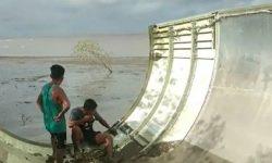 Serpihan Mirip Bangkai Pesawat di Kalimantan Diduga Eks Ledakan Roket China