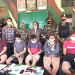 Satgas Pamtas Yonarhanud 16/SBC Amankan 5 Warga Tarakan Bawa Sabu di Krayan