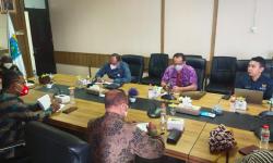Bertemu Gubernur Papua Barat, Stafsus Presiden Billy Mambrasar Bahas Rencana Aksi Inpres 9/2020