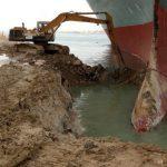 Kapal Raksasa Kandas di Terusan Suez, Kerugian Rp43 Triliun per Hari