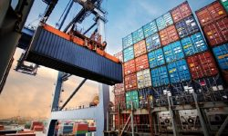 Neraca Perdagangan Agustus 2021 Surplus USD4,74 Miliar