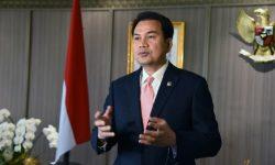 Azis Syamsuddin Minta KPK Awasi Penyerapan Komponen Dalam Negeri