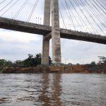 Pasca Longsor Bawah Jembatan Mahkota II, Muncul Retakan Tanah di Lokasi Kejadian