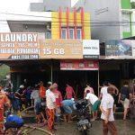 Usai Hujan Lebat, Bangunan Tiga Kios Dagang di Depan Stadion Sempaja Hangus