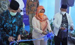 Dian Siswarini Resmikan Masjid Wakaf Karyawan XL Axiata
