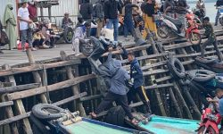 Ramai di Pelabuhan Klotok Balikpapan di Libur Lebaran Sama dengan Hari Biasa