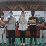 Bupati Nunukan Berikan Uang Pembinaan Kepada Atlet dan Pelatih Berprestasi