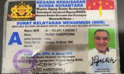 Bikin Heboh, Ada Orang Pakai SIM dari Kekaisaran Sunda Nusantara
