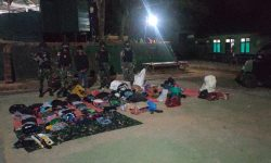 Satgas Pamtas Yonarhanud 16/SBC Amankan 4 Orang Terduga Jaringan Penyeludupan PMI