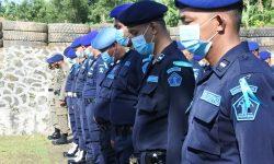 Tingkatkan Kemampuan, Brimob Latih Menembak Petugas Pemasyarakatan Kaltimtara