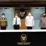 Kapolri, Jaksa Agung & Menkominfo Teken SKB Pedoman Implementasi UU ITE