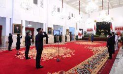 HUT ke-75 Bhayangkara, PresidenAnugerahkan Bintang Bhayangkara Nararya Bagi Tiga Personel Polri