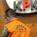 KPK Tahan Pegawai Ditjend Pajak