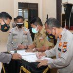 Kapolda Kaltara & Gubernur Tanda Tangani Nota Kesepahaman Pemanfaatan Command Center