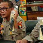 Disc Jockey Dinar Candy Menolak Perpanjangan PPKM dengan Berbikini di Jalanan Ramai