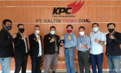 Dialog dengan KPC, PWI Kutim Sampaikan Komitmen Menjaga Profesionalisme
