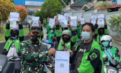 Ratusan Driver Gojek di Balikpapan Divaksin di Markas TNI AL