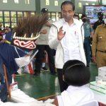Presiden Jokowi Apresiasi Antusiasme Masyarakat Papua Barat Ikuti Vaksinasi Covid-19