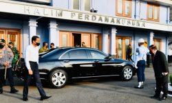 Presiden Joko Widodo Bertolak ke Jawa Barat untuk Kunjungan Kerja