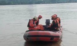 Perahu Cas Tenggelam di Loa Kulu Kukar, ABK TB Gonaya 10 Hilang