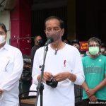 Presiden Jokowi Luncurkan Program Bantuan Tunai untuk PKL dan Warung